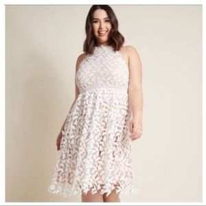 NWT ModCloth Defining Divine White Lace Midi Dress